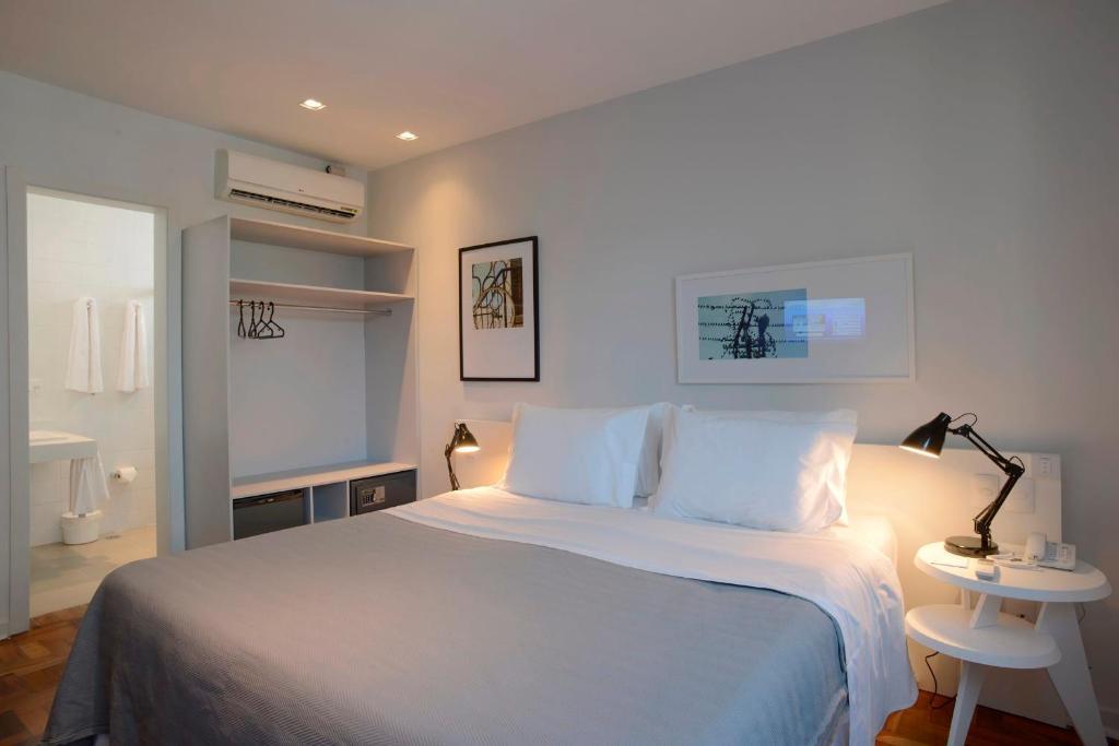 Lova arba lovos apgyvendinimo įstaigoje Bê Hotel