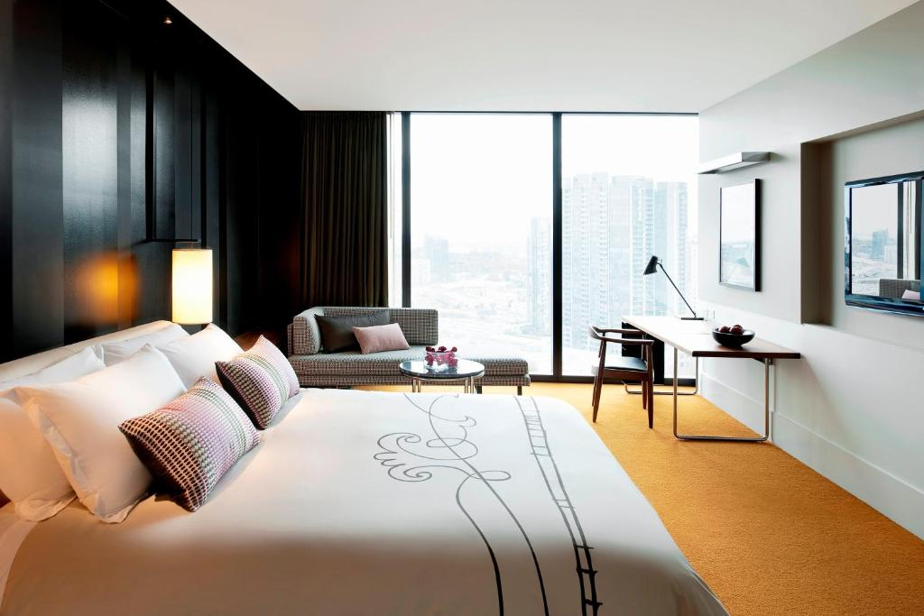 Romantic Hotels in Melbourne