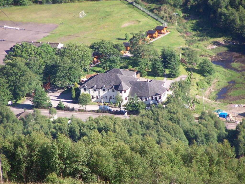 A bird's-eye view of MacDonald Hotel & Cabins