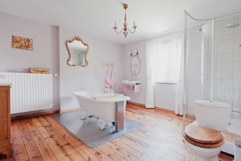 A bathroom at Vakantiewoning Tivoli
