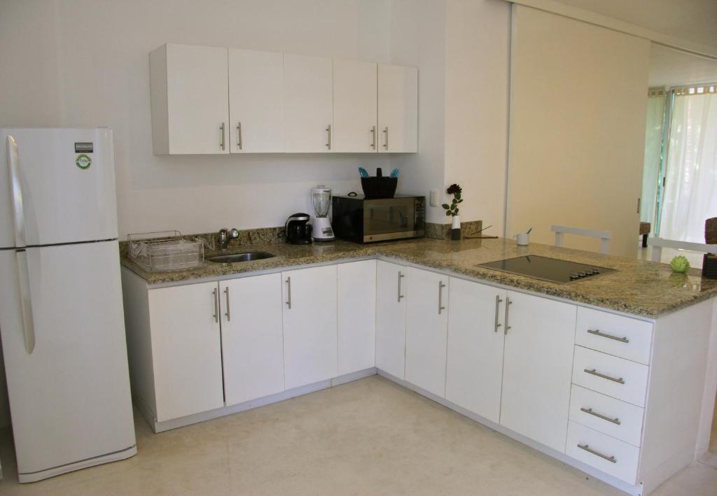 A kitchen or kitchenette at Casa Sak Tuunich