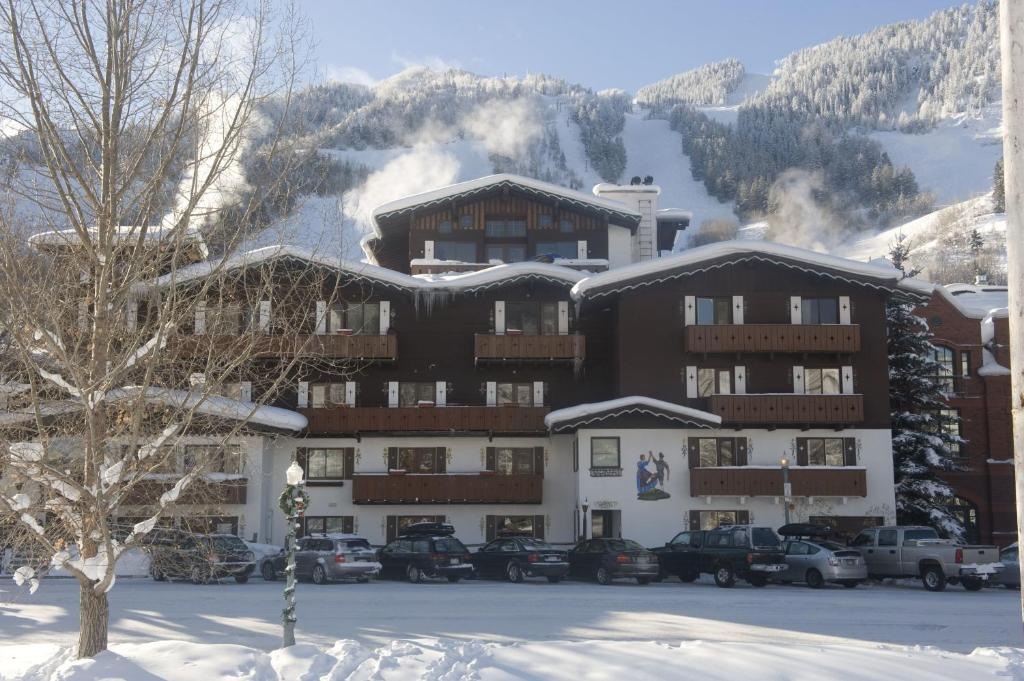 Mountain Chalet Aspen during the winter