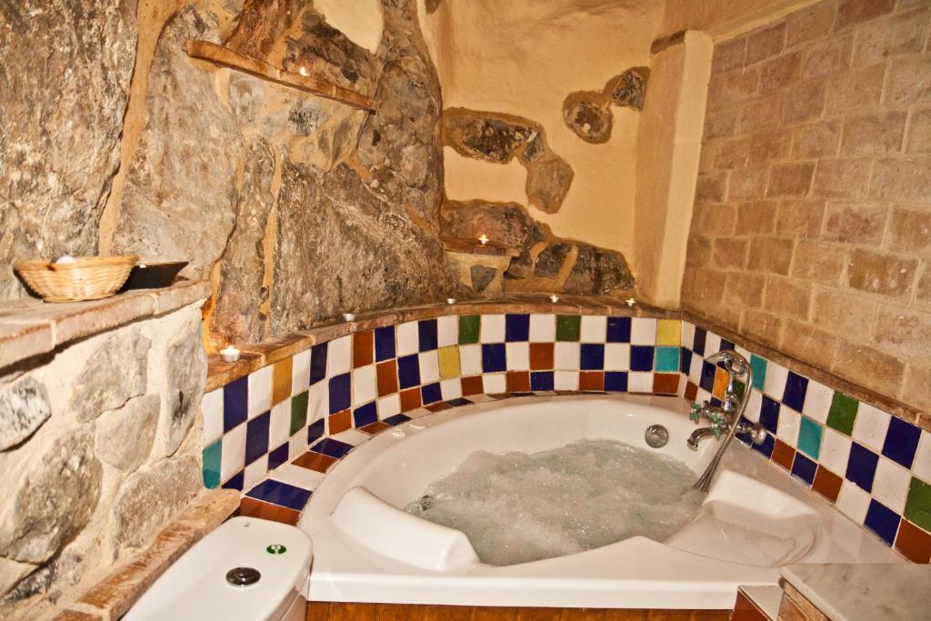 A bathroom at La Casa Mora