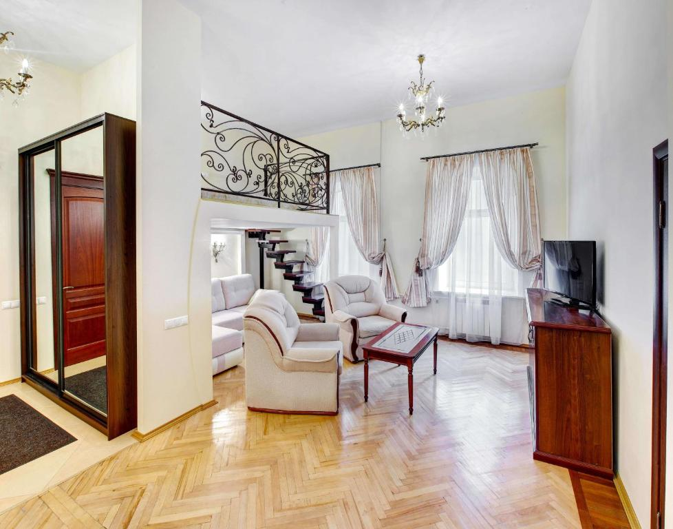 Гостиная зона в Nevsky 79 Apartments