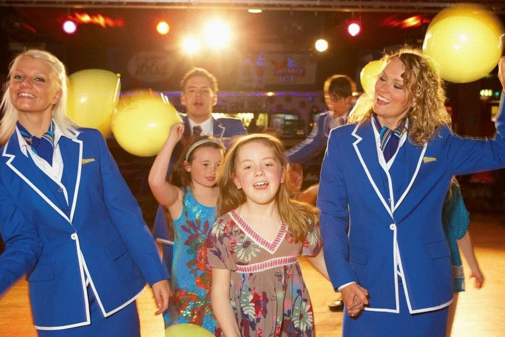 A family staying at Pontins - Camber Sands Holiday Park