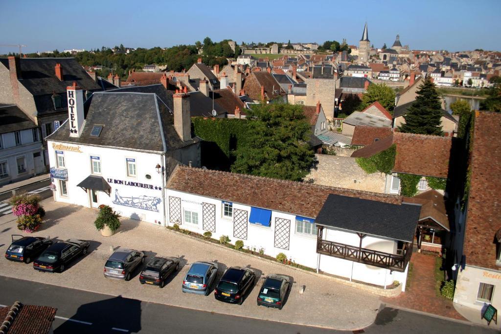 A bird's-eye view of Hotel Le Bon Laboureur