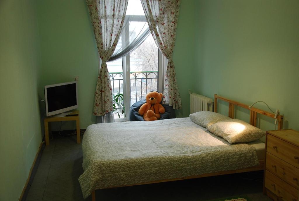 A bed or beds in a room at Hostel na Krasnom