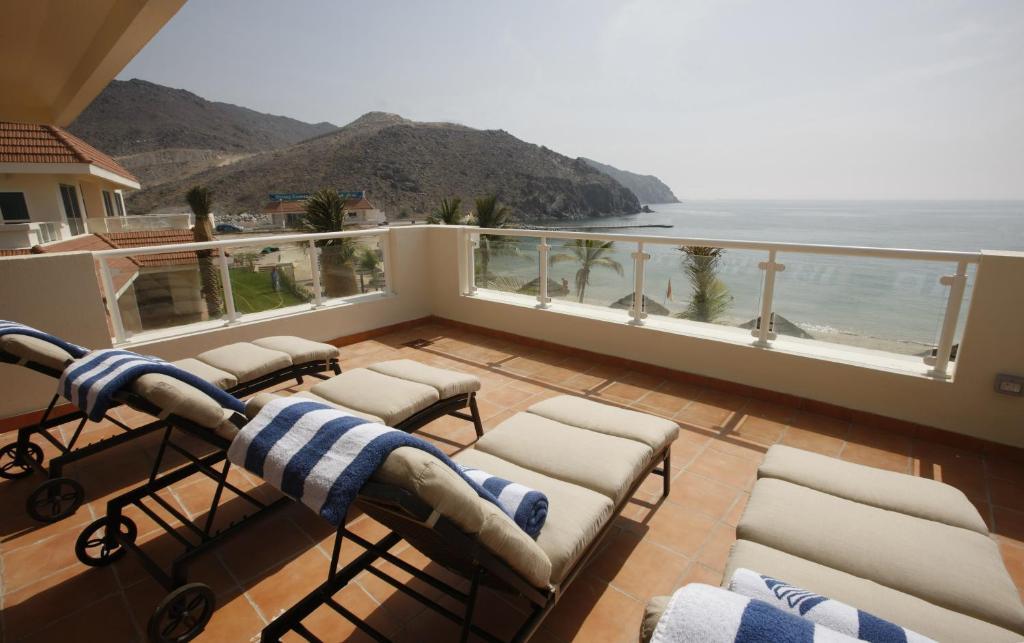 оаэ 4 oceanic khorfakkan resort spa 4
