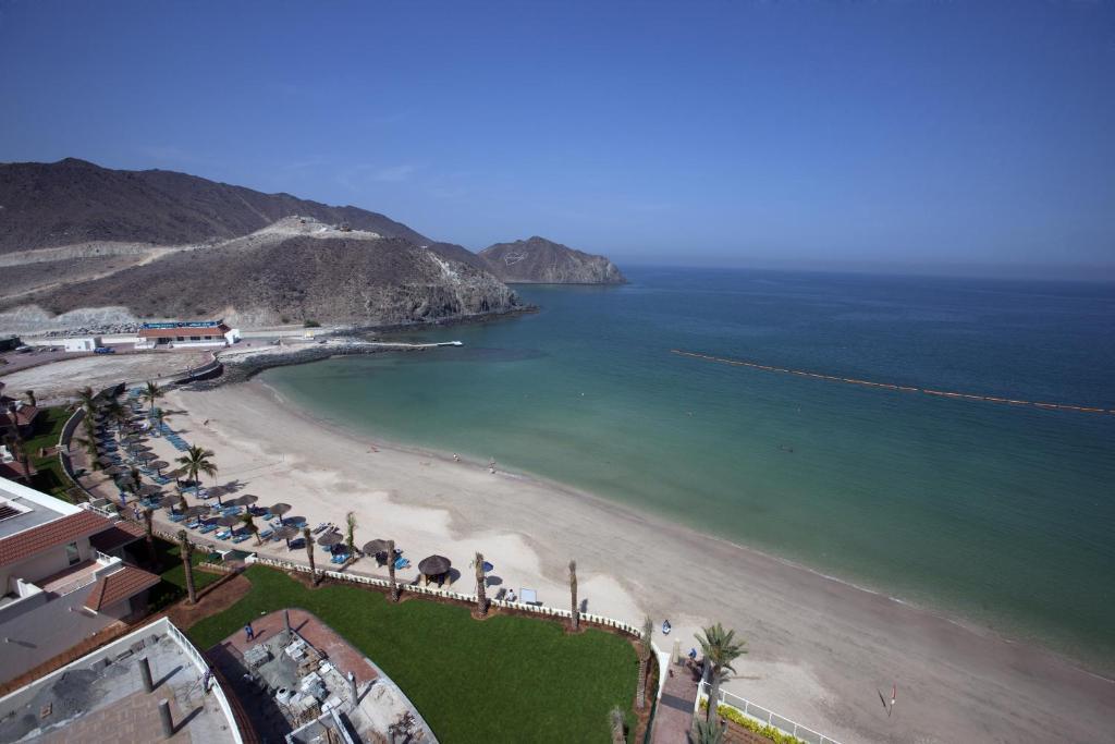 Оаэ 4 oceanic khorfakkan resort spa 4 аренда квартиры в дубае на год