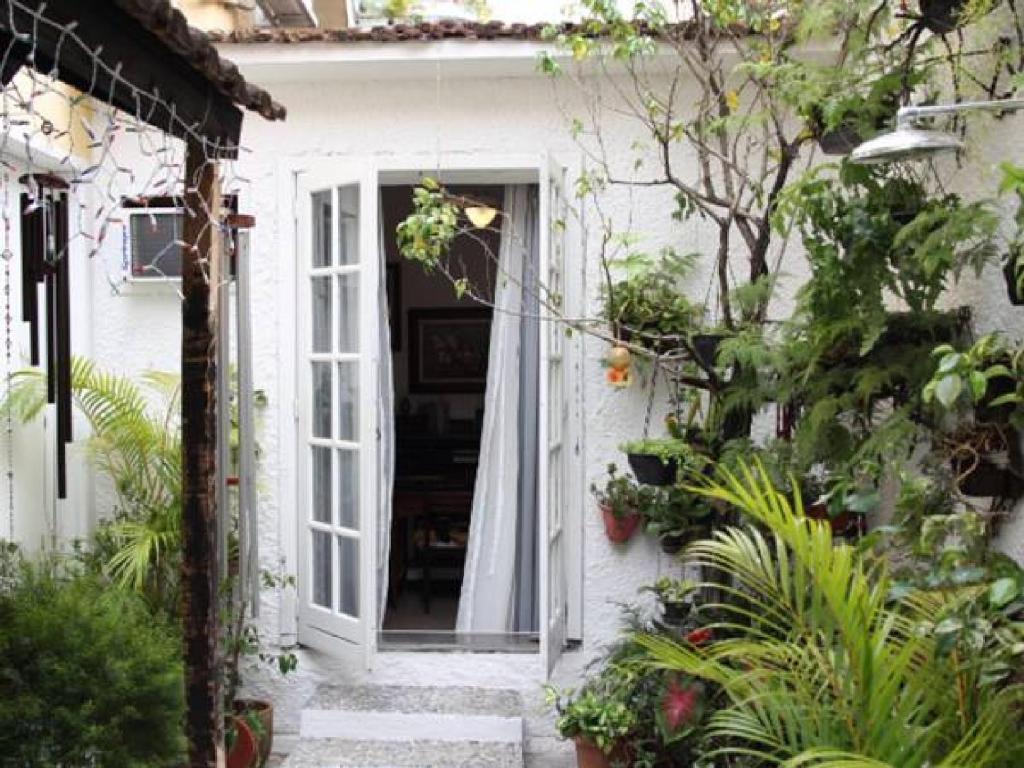 Uma varanda ou outra área externa em Ganesha Guest Home