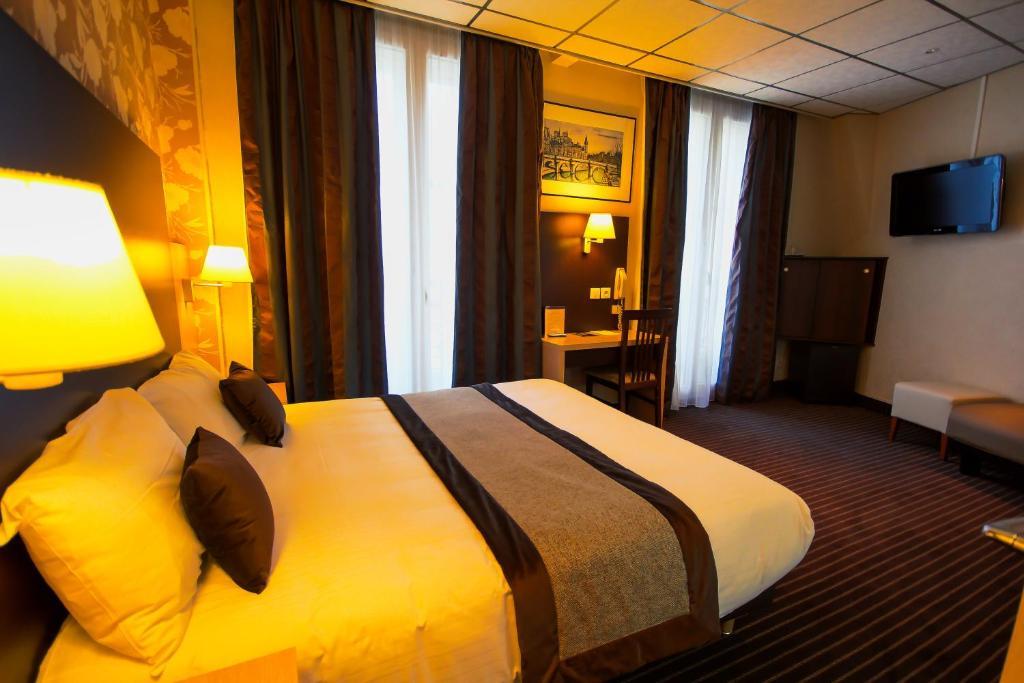 Hotel Des Trois Gares Paris, France