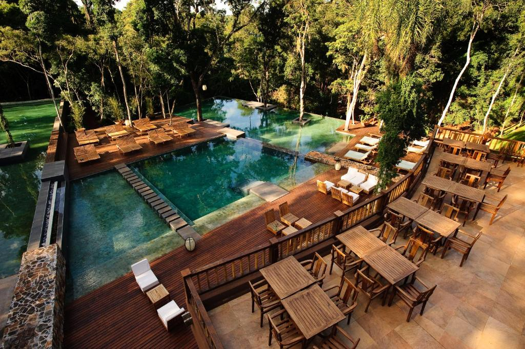 A view of the pool at Loi Suites Iguazu Hotel or nearby