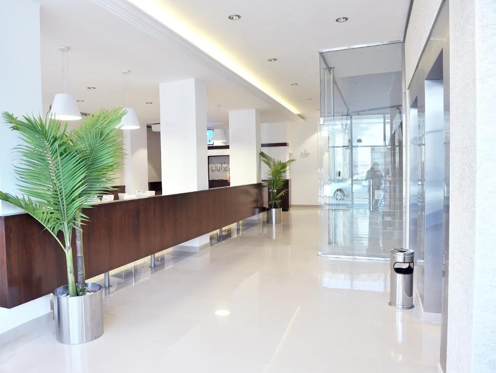 El lobby o recepción de Luxor Hotel Salta