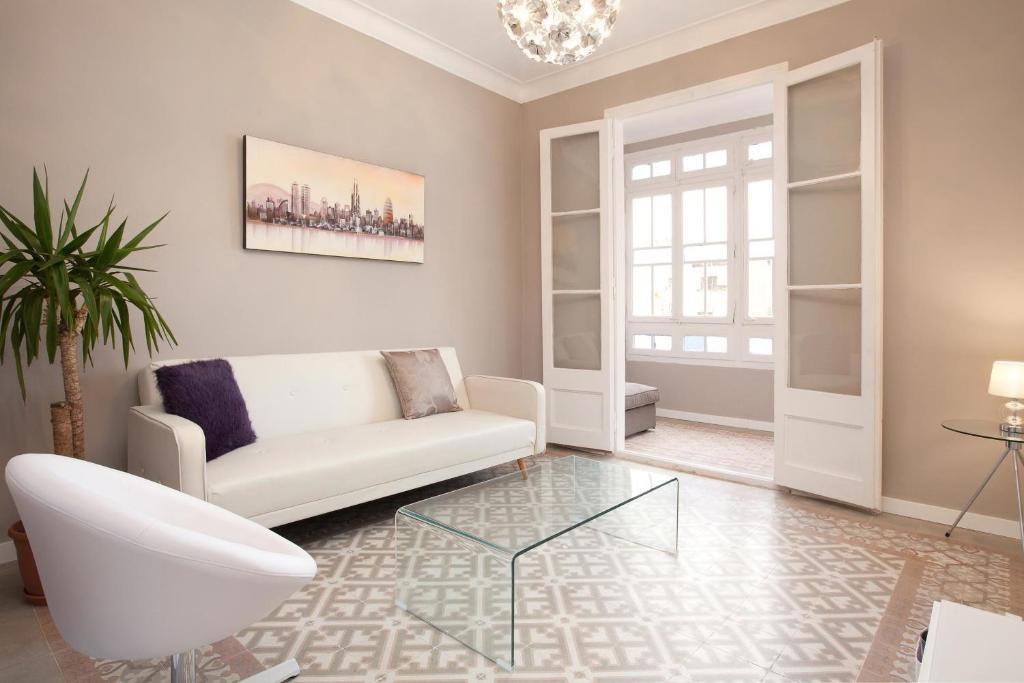 O zonă de relaxare la Enjoy Apartments Borrell
