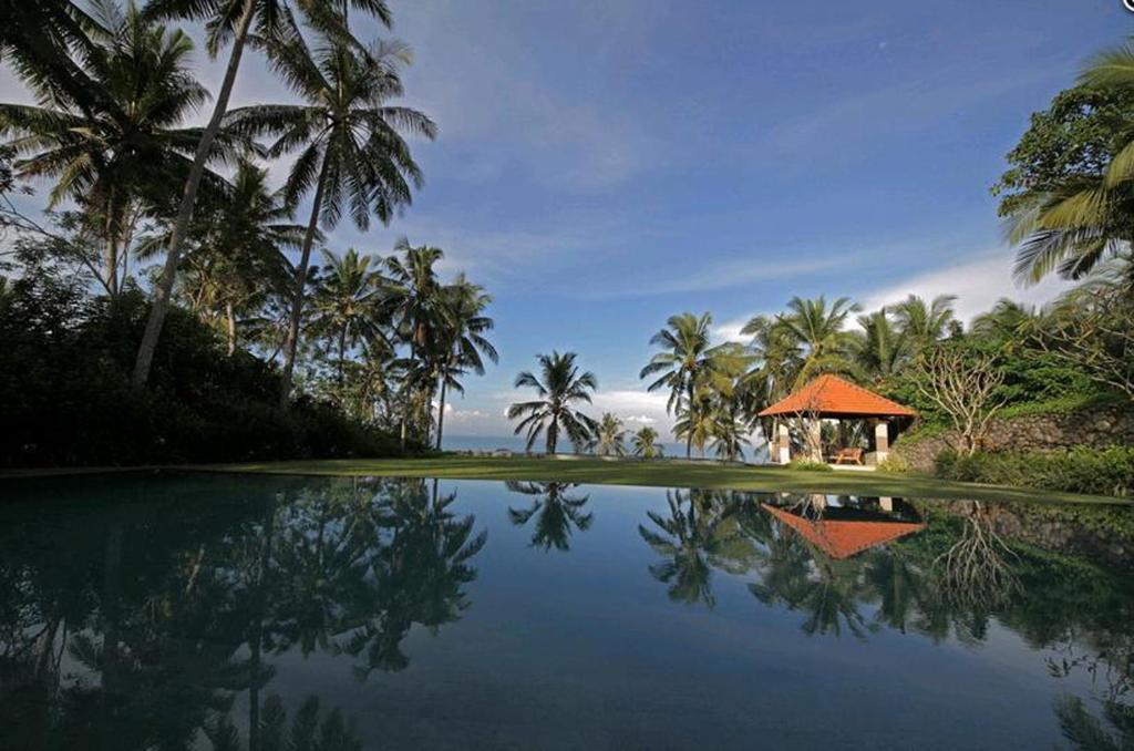 The swimming pool at or close to Villa Rumah Pantai Bali