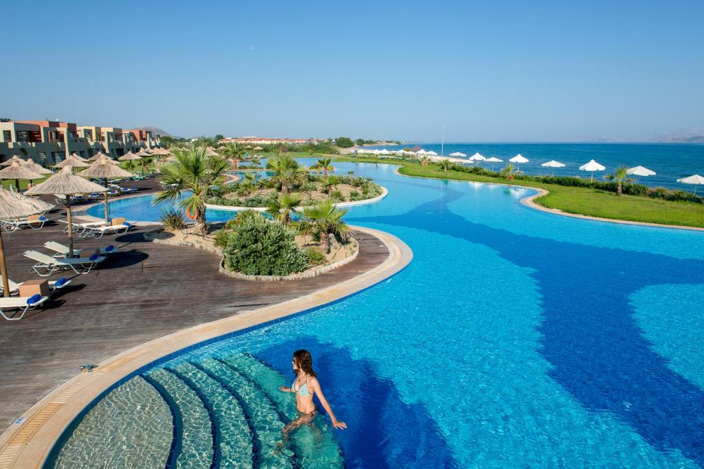 A view of the pool at Astir Odysseus Kos Resort and Spa or nearby