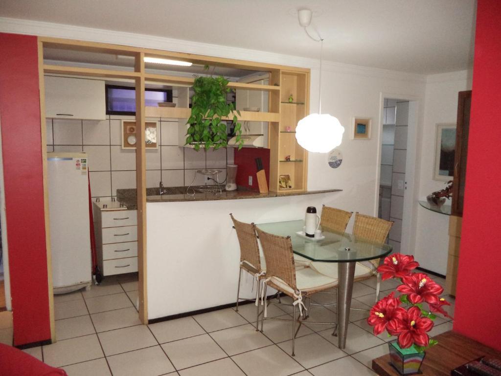 A kitchen or kitchenette at Porto de Iracema