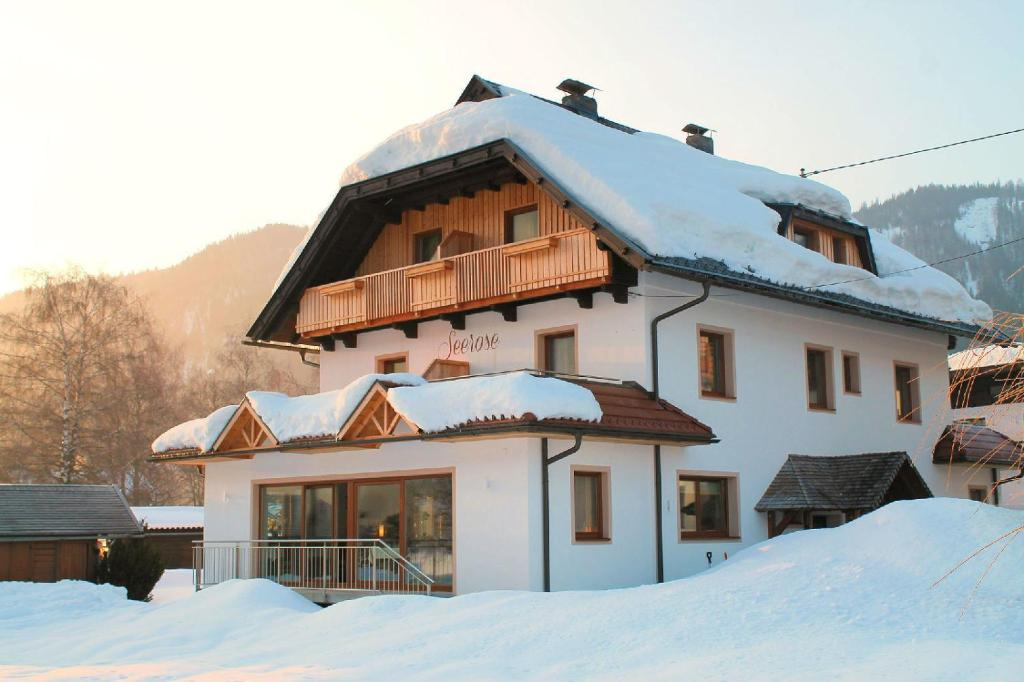 Fruhstuckspension Seerose Weissensee, Austria