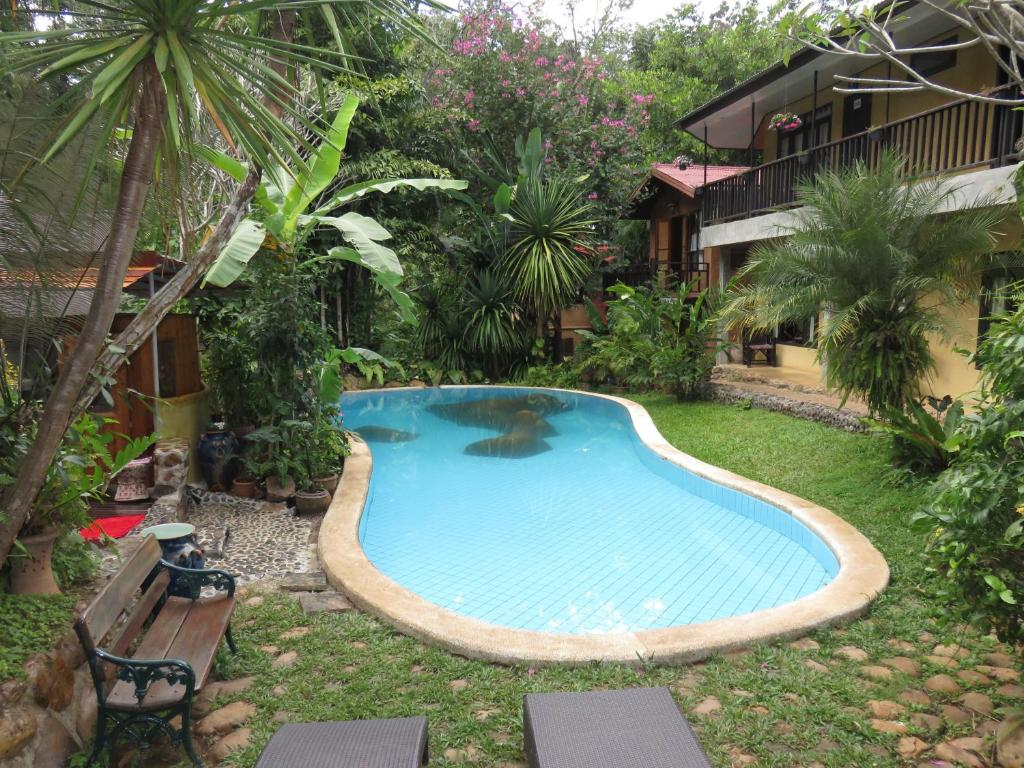 The swimming pool at or close to Little Eden Guesthouse