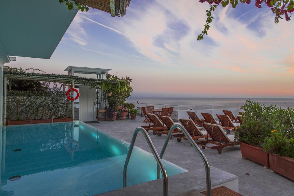 The swimming pool at or near Hotel Marina Riviera
