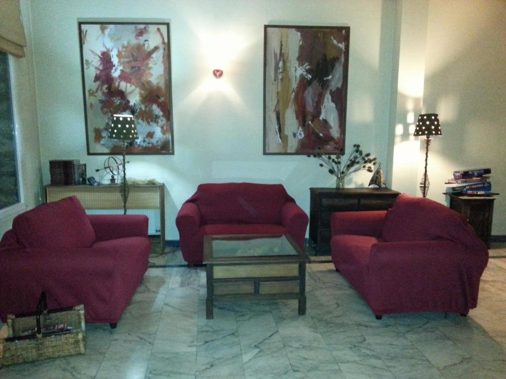 A seating area at Hotel La Brañina