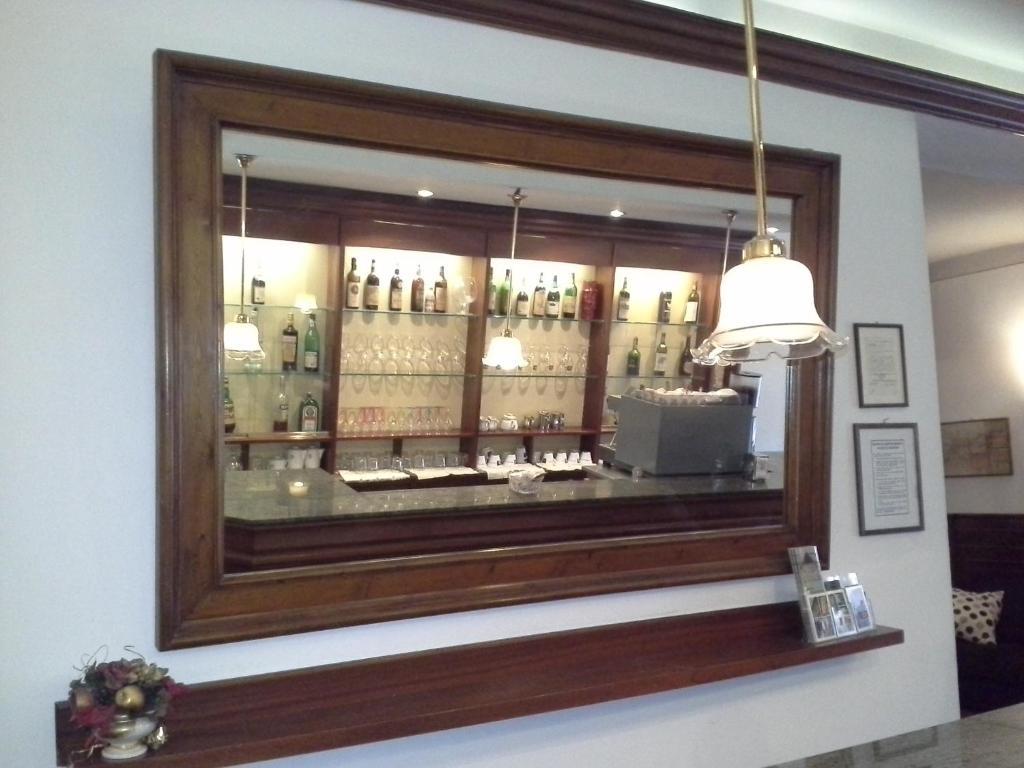 The lounge or bar area at Albergo Italia