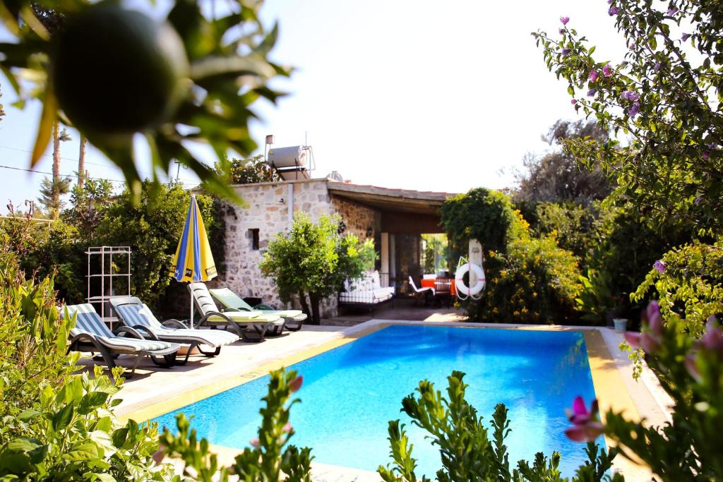 The swimming pool at or near Important Group   BD416 High Privacy 2 Bedroom Villa in Bitez