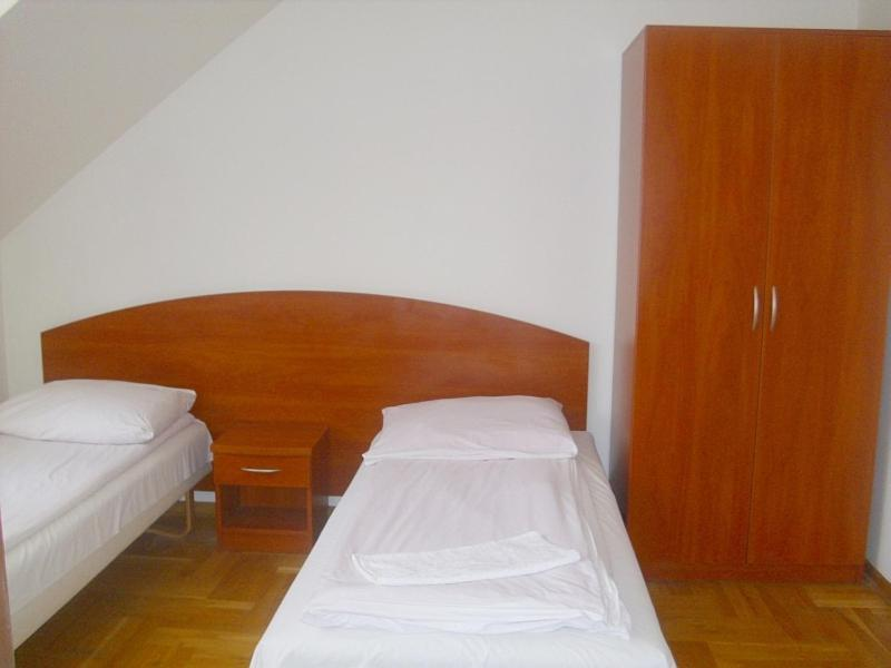 Bed And Breakfasts In Chynów