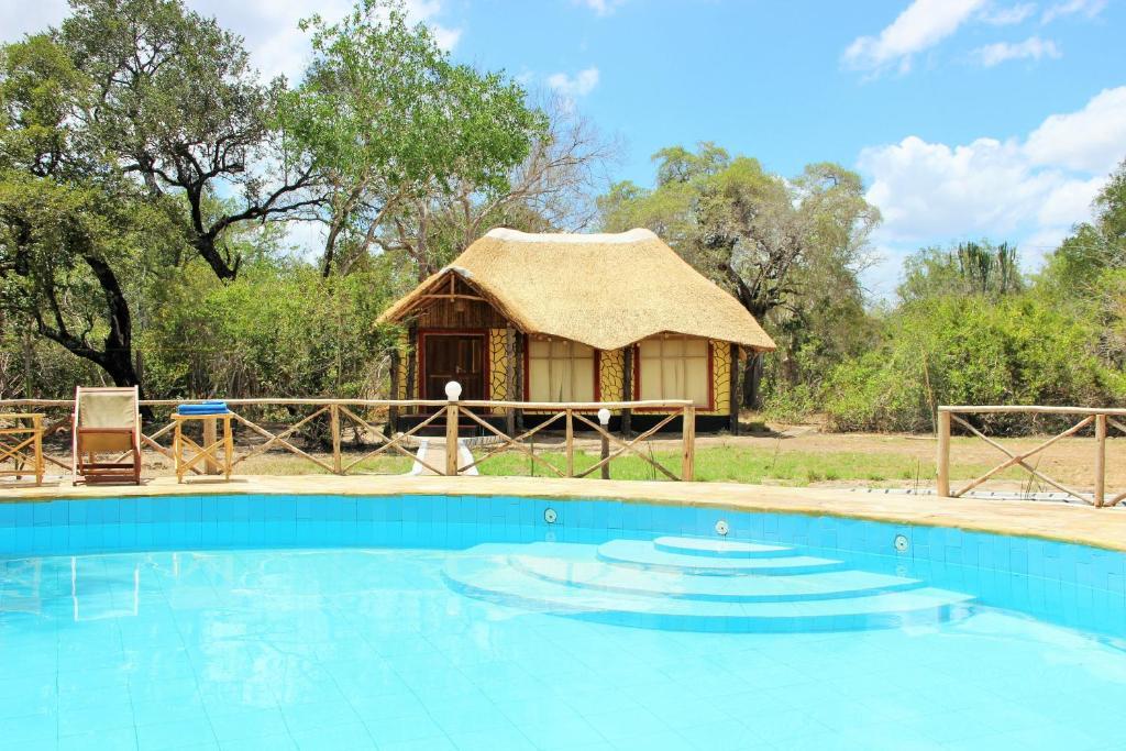 Бассейн в Africa Safari Selous Nyerere national park или поблизости
