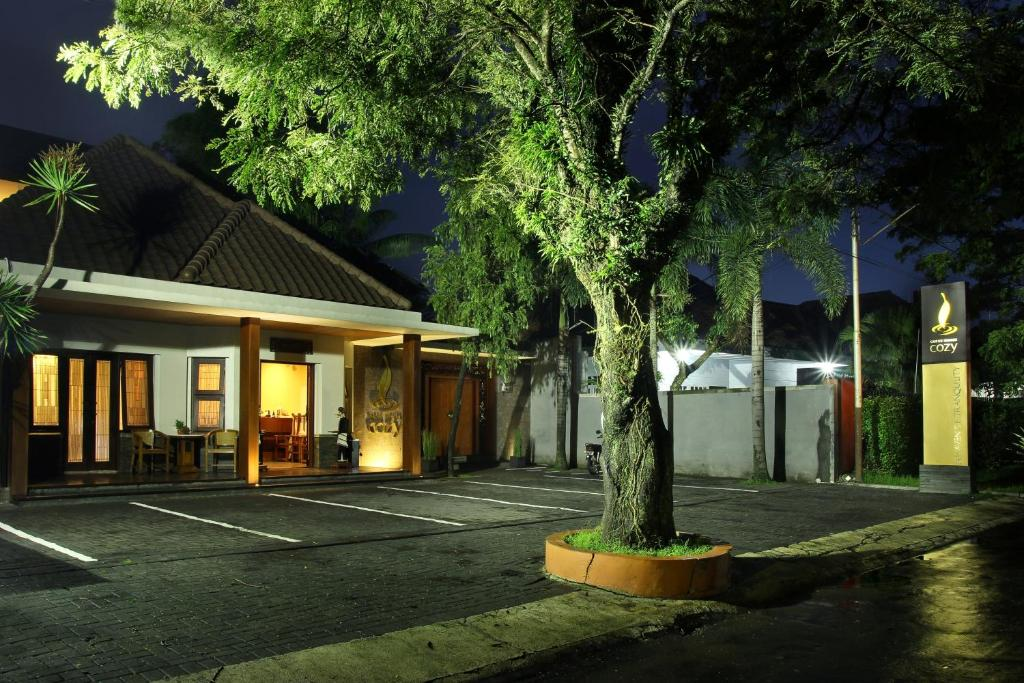 Cozy Boutique Guest House Malang Indonesia Booking Com