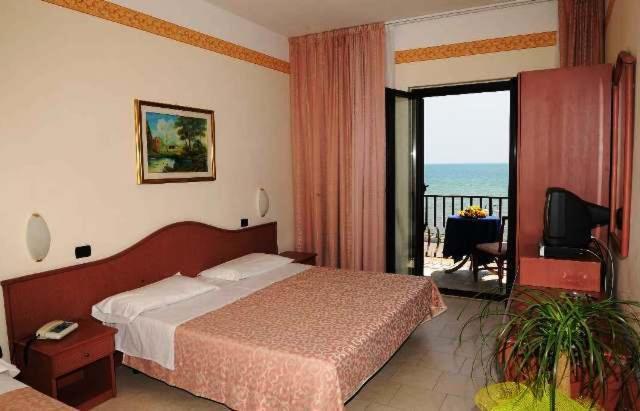 Letto o letti in una camera di Hotel Panorama Del Golfo