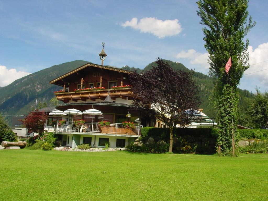 Hotel Gasthof Stoanerhof Mayrhofen, Austria