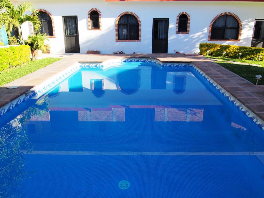 The swimming pool at or near Balcón de Santo Domingo