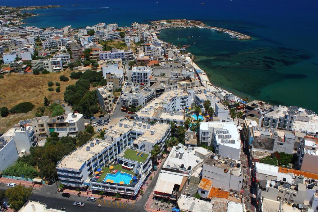A bird's-eye view of Kassavetis Center - Hotel Studios & Apartments