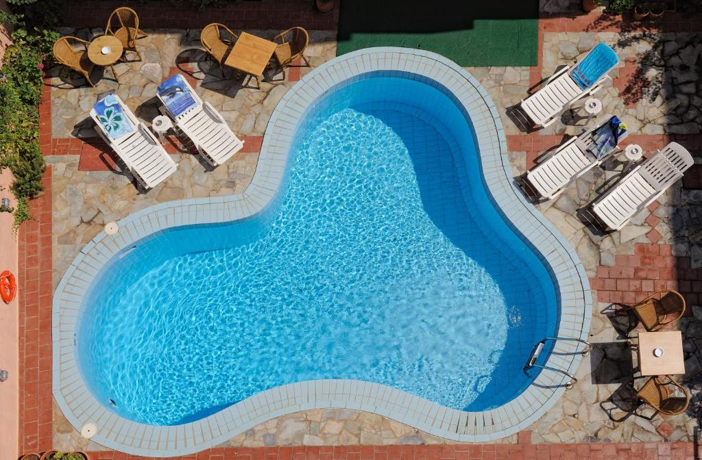 A view of the pool at Cleopatra Apartments or nearby