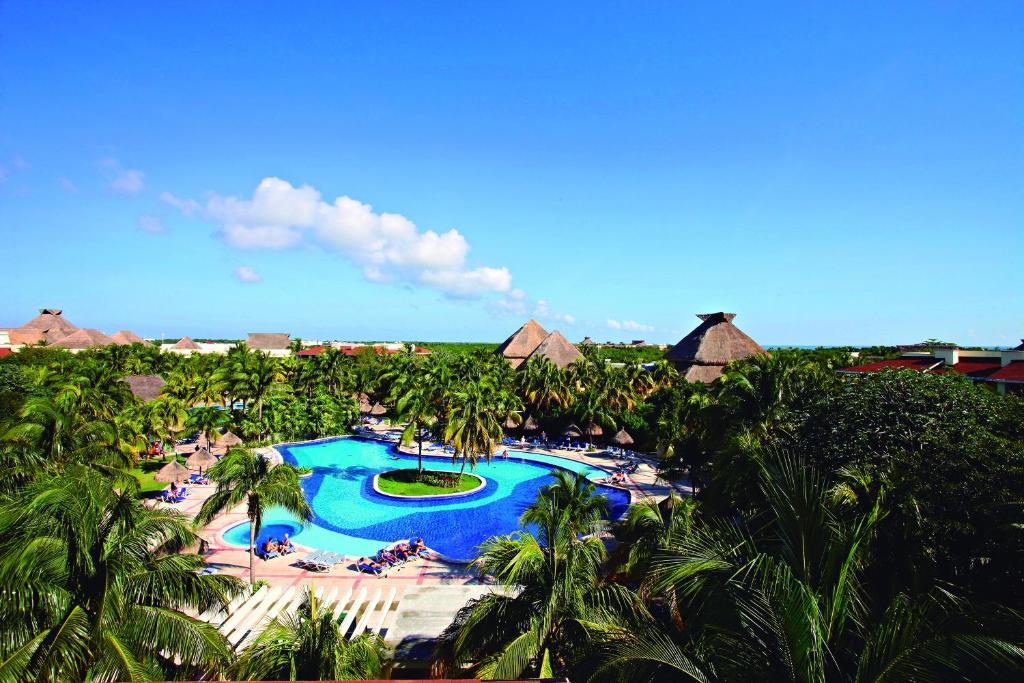 Vista de la piscina de Bahia Principe Grand Coba - All Inclusive o alrededores