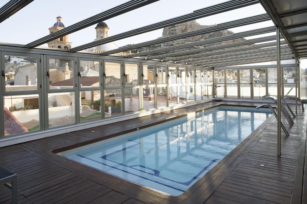 The swimming pool at or near Hospes Amérigo