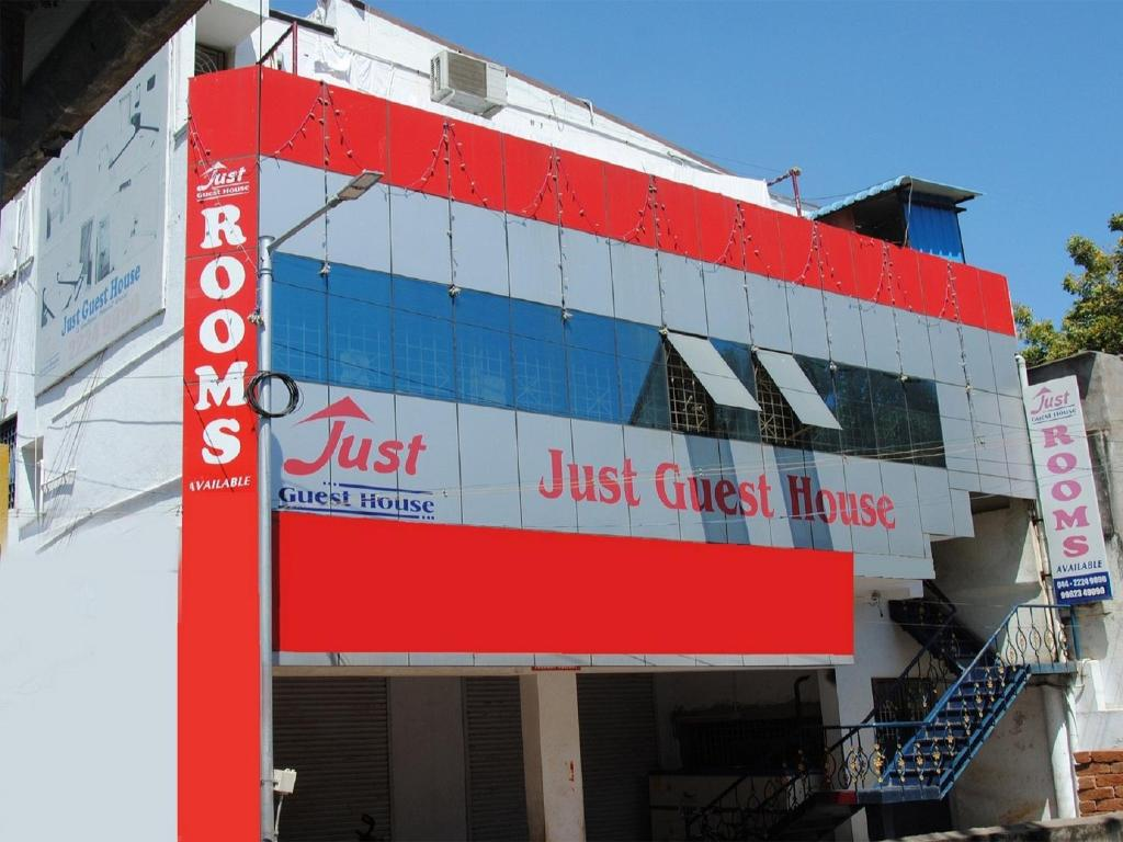 Just Guest House, Chennai Airport, India - Booking.com