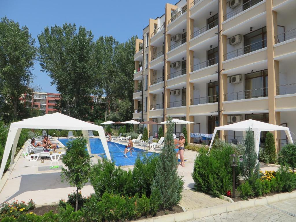 Недвижемость болгария sunny beach агент по недвижимости дубай