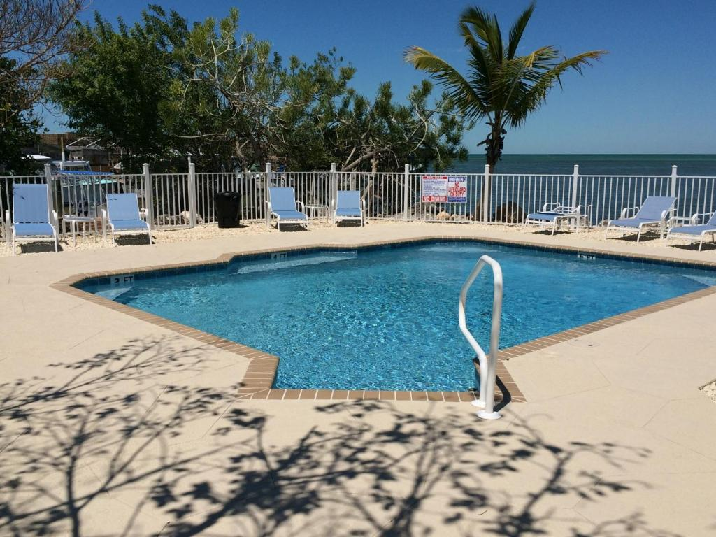 The swimming pool at or near Captain Pip's Marina & Hideaway