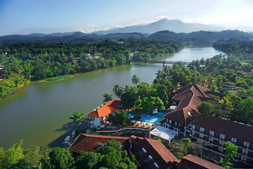 A bird's-eye view of Mahaweli Reach Hotel
