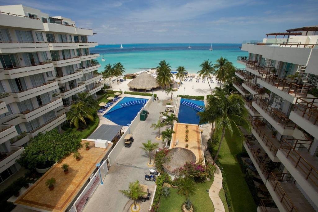 Vista de la piscina de Ixchel Beach Hotel o alrededores