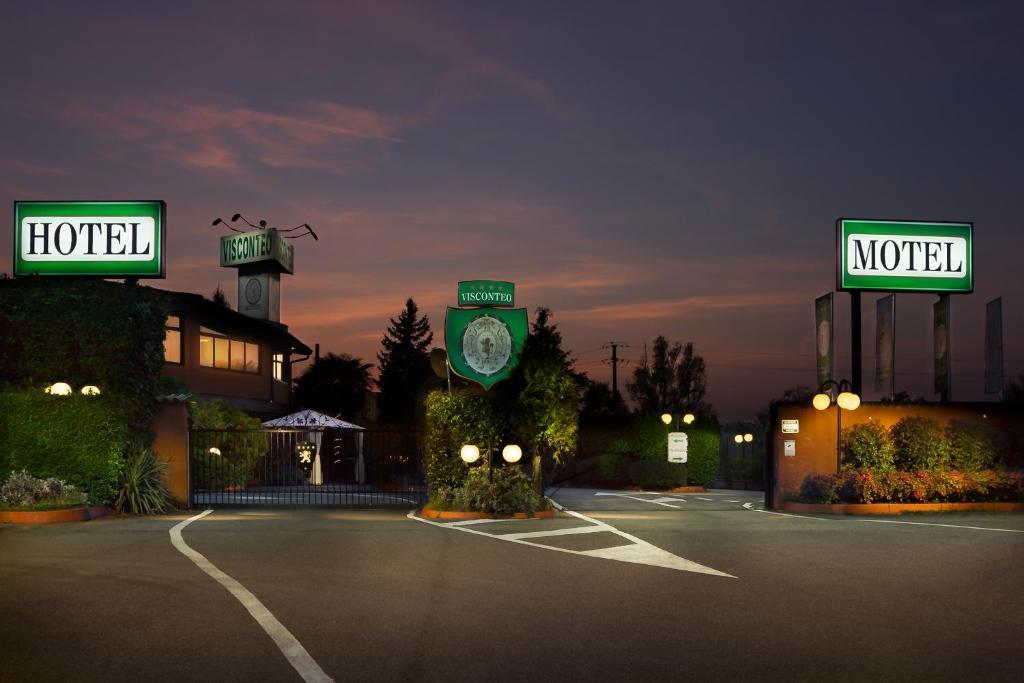 Hotel Motel Visconteo Binasco, Italy