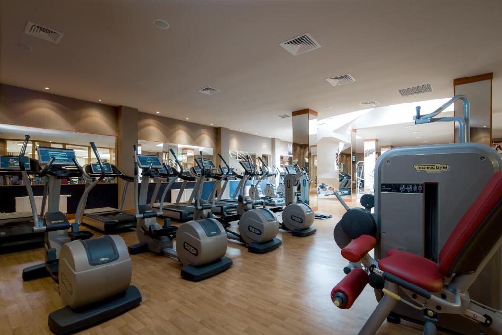 Фитнес-центр и/или тренажеры в Сочи Марриотт Красная Поляна