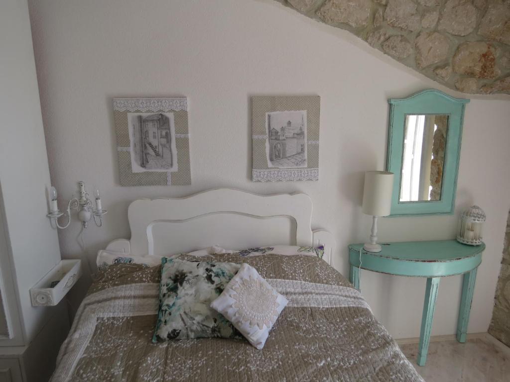 Krevet ili kreveti u jedinici u objektu Apartments Authentic Baska 1