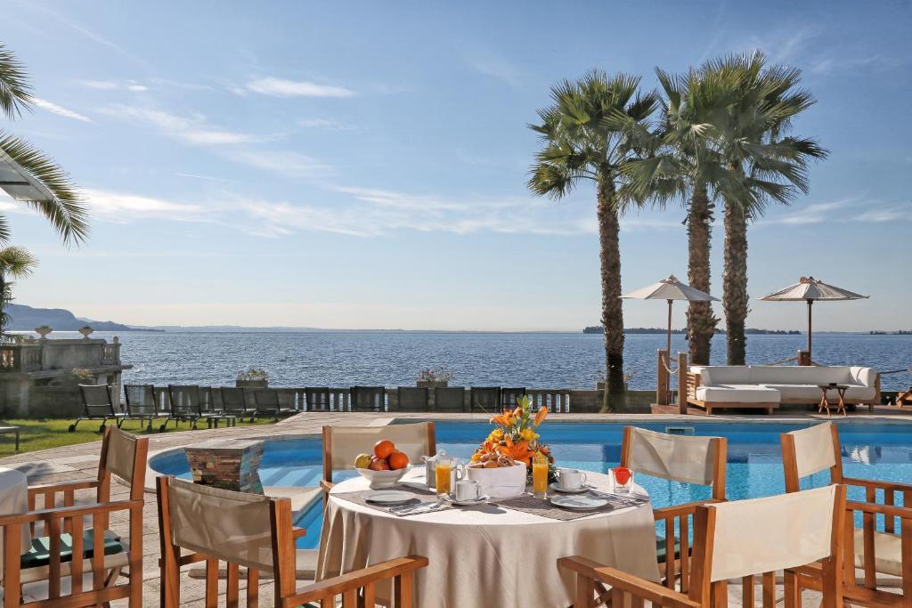 Restaurace v ubytování Hotel Villa Capri