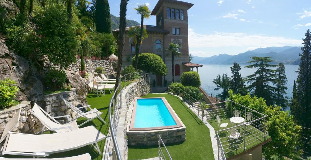 A view of the pool at Villa Monti or nearby