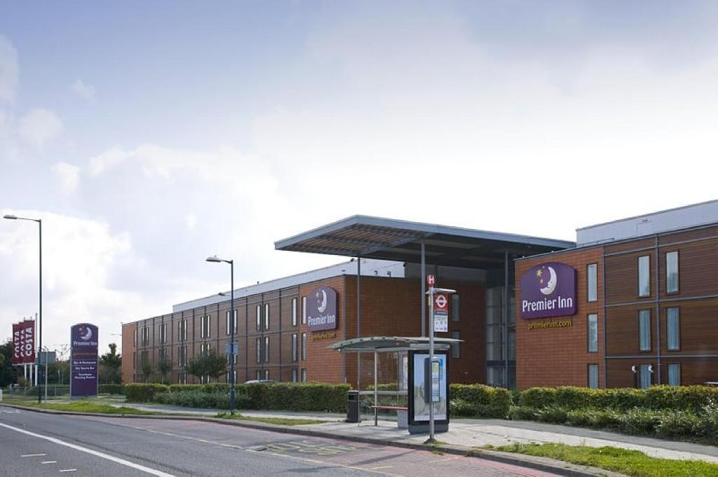 Premier Inn London Heathrow Airport Bath Road Hillingdon Updated 2021 Prices