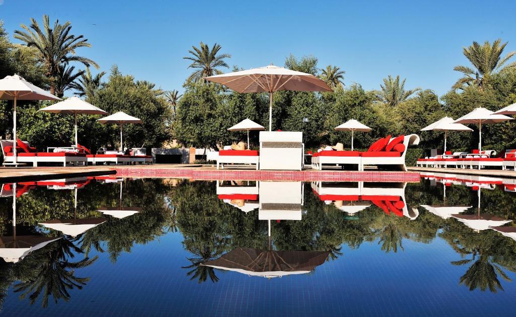 Piscine de l'établissement Murano Resort Marrakech ou située à proximité