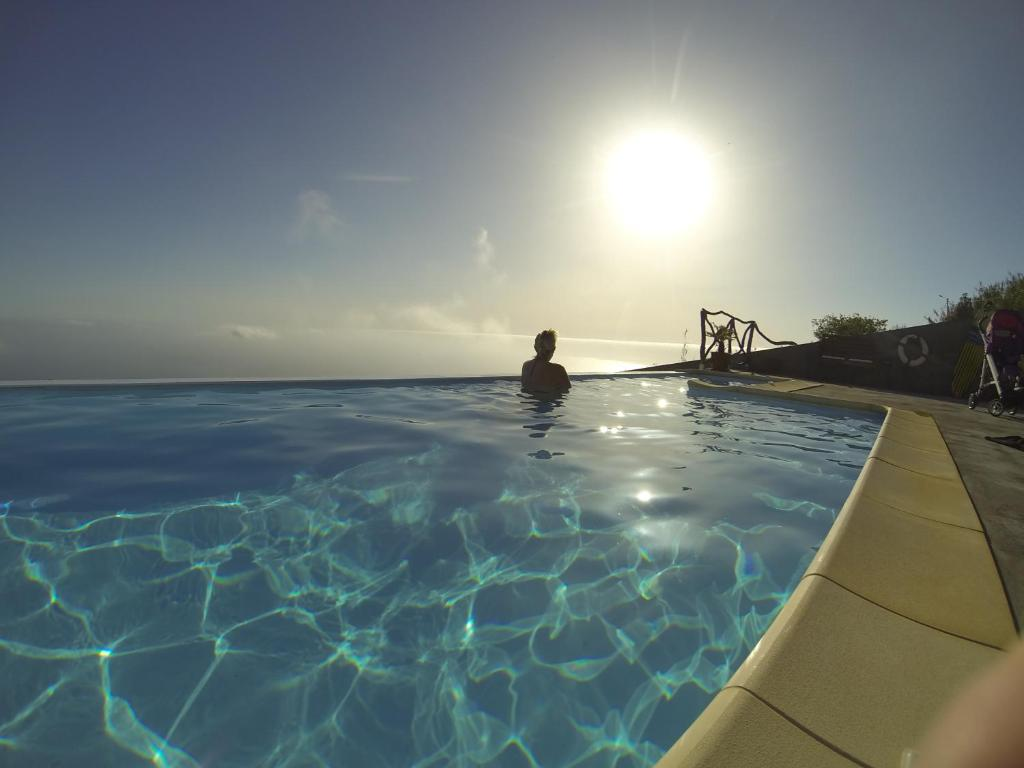 A piscina em ou perto de Madeira Native Motion Apartment
